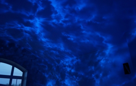Ультрафиолетовая художественная роспись потолка