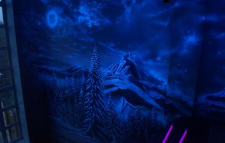 Ультрафиолетовая художественная роспись стен