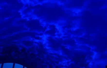 Светящийся натяжной потолок звездное небо с флуоресцентной художественной росписью
