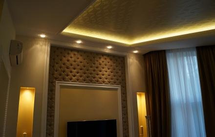 Потолок в спальне диодное освещение